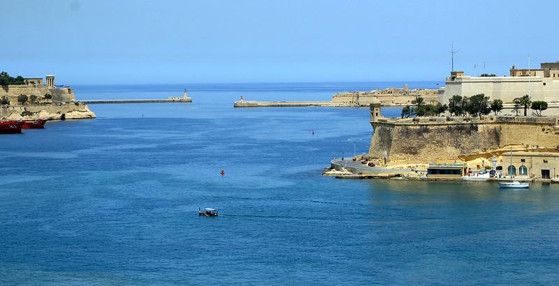 Traghetti e Catamarani per Malta